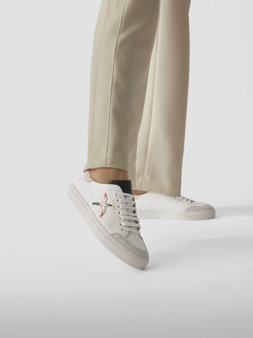 Sneaker mit Stitching