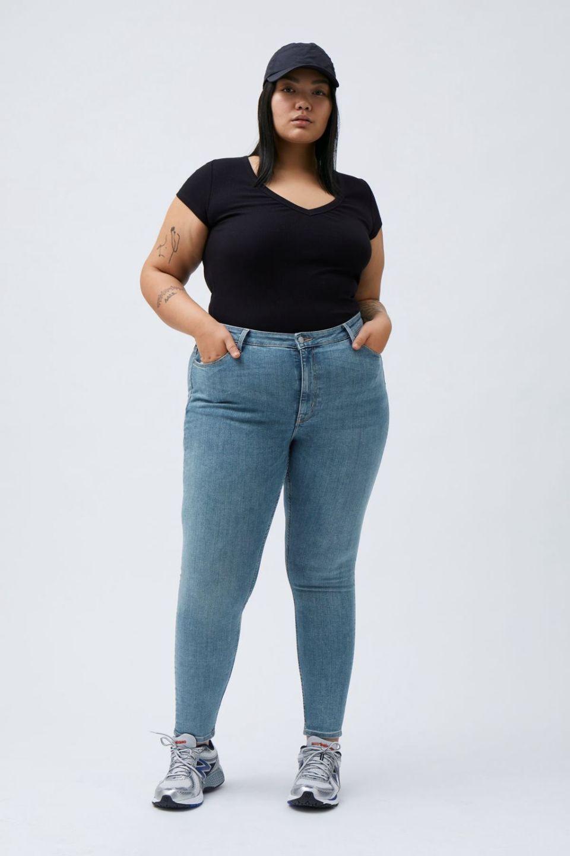Body Extra High Skinny Jeans