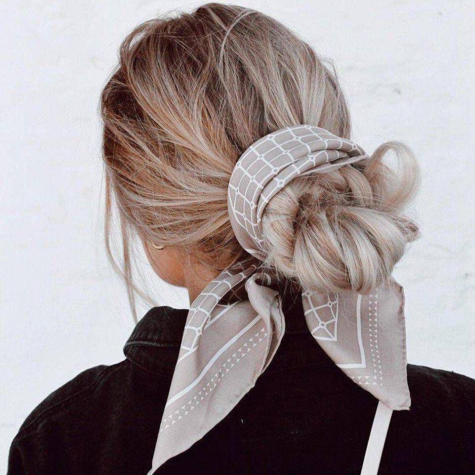 Hermine Silk Scarf - Beige & White