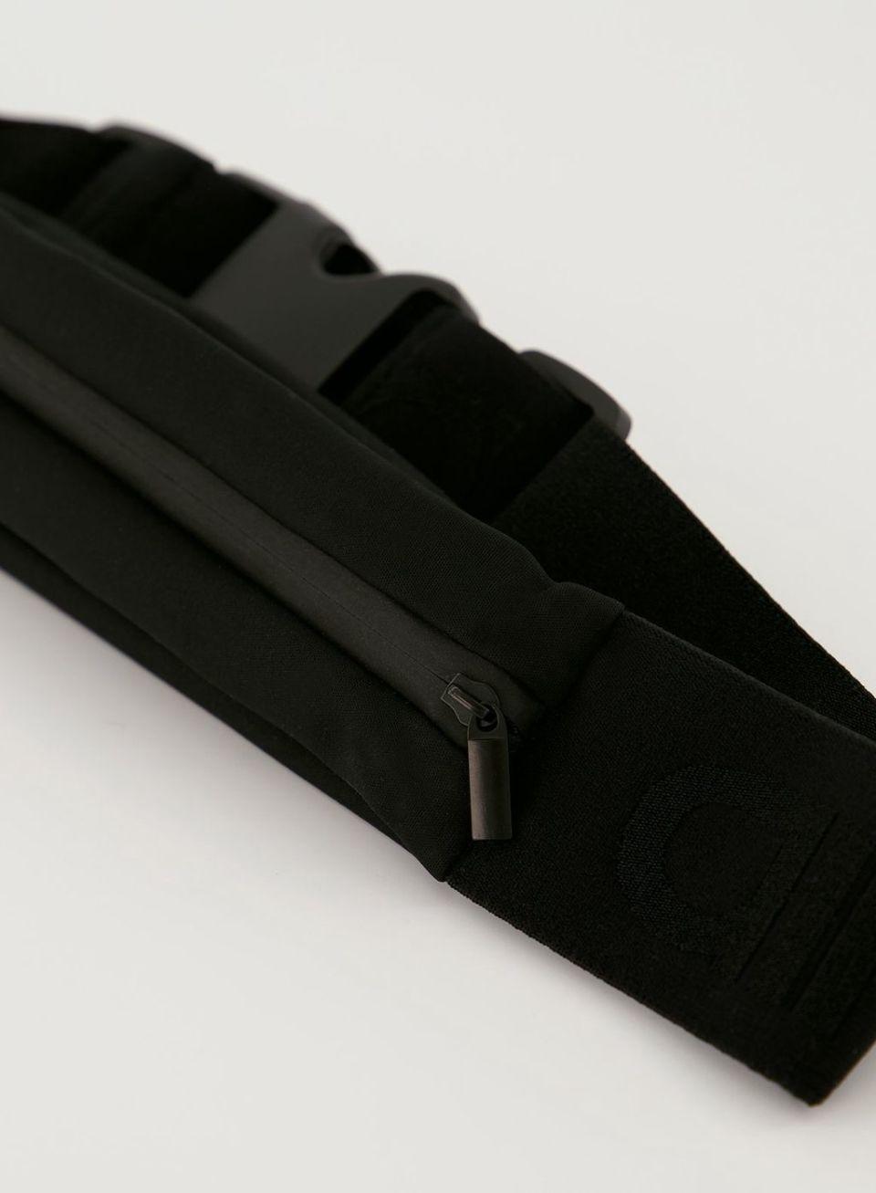 Black Running Elastic Logo Buckle Belt