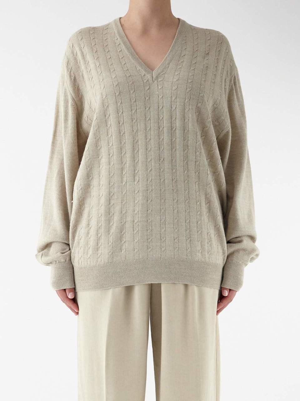 Light Cable Knit