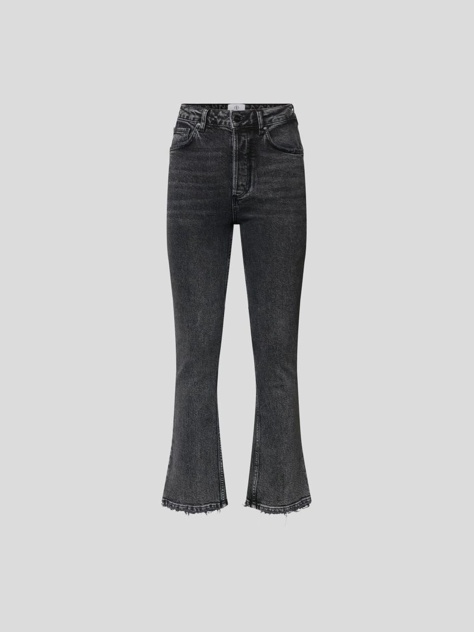 High Rise Jeans im Flared Cut