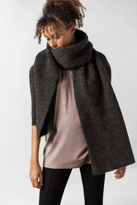 Sea Knitted Scarf Dark Grey Melange
