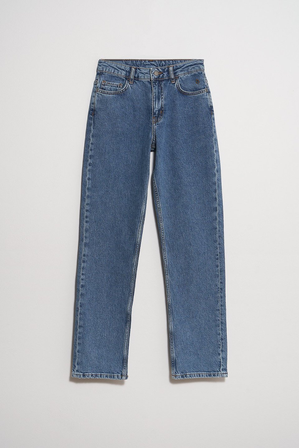 Mid Rise Straight Jeans ST301