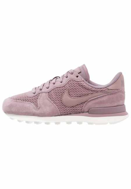 Nike Sportswear: INTERNATIONALIST - Sneaker low - taupe grey/sail