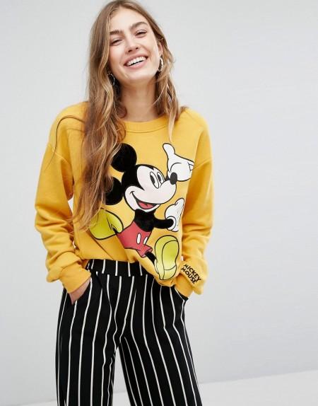 Bershka: Pull&Bear - Mickey Mouse - Sweatshirt - Gelb