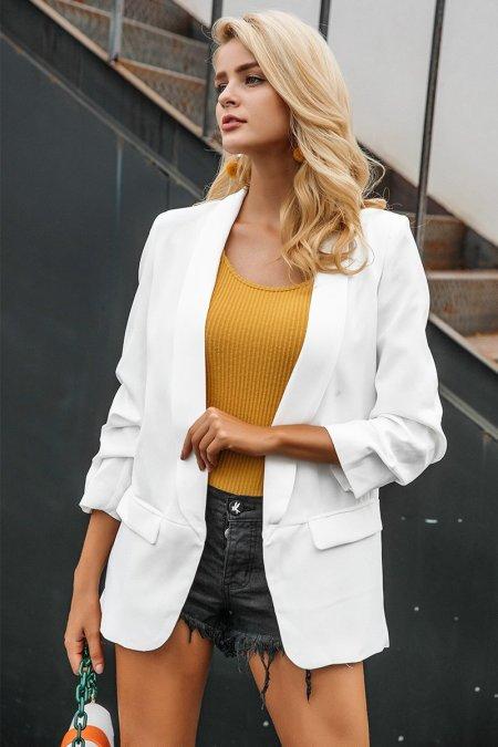 Fashion Movements: White oversized pocket blazer