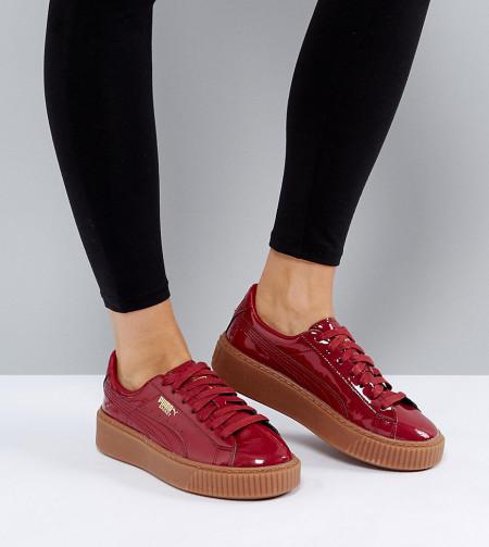 Puma - Lack-Sneaker mit Gummi-Plateauabsatz in Bordeaux - Rot