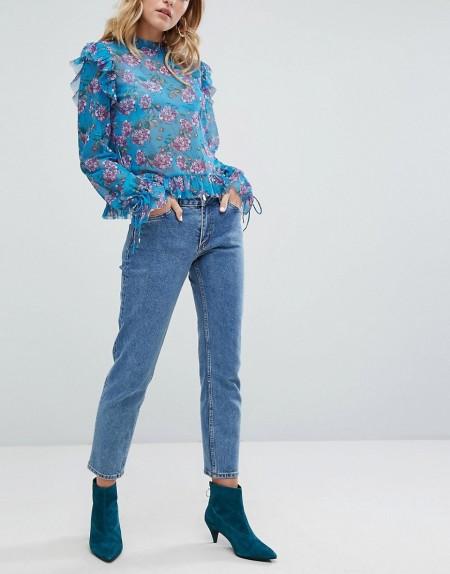 Monki - Monokomi - Gekürzte Jeans mit geradem Beinschnitt - Blau