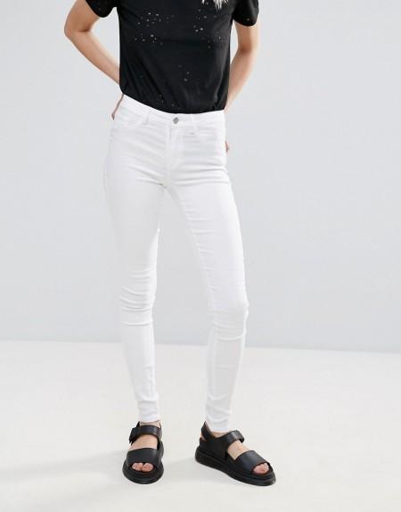 Pieces - Just Wear - Mittelhohe, enge Jeans - Weiß