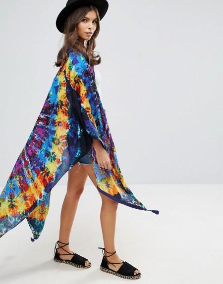 ASOS - Kimono-Cape mit Batikmuster - Mehrfarbig