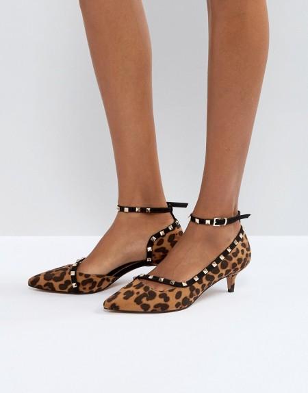 ASOS - SABRE - Schuhe mit Nieten und Kitten-Heel-Absatz - Mehrfarbig