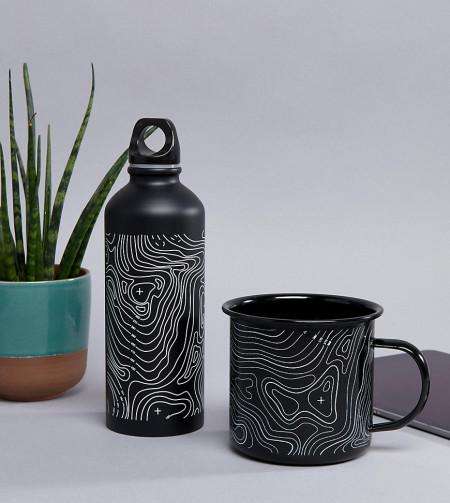 KADO - Schwarzer Emaille-Becher und Flasche mit Contour-Muster - Mehrfarbig