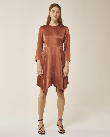 IVY & OAK: Mini Kleid mit Rückenausschnitt