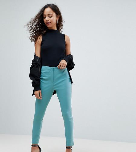 ASOS Petite: ASOS PETITE - Hose mit hoher Taille und enger Passform - Blau
