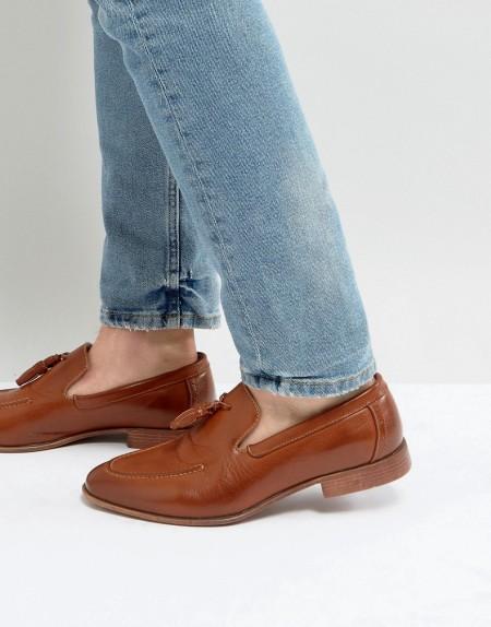 ASOS - Loafer aus hellbraunem Kunstleder mit Quastendesign - Bronze