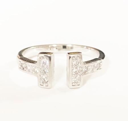 Knocknok: T-Ring Diamonds