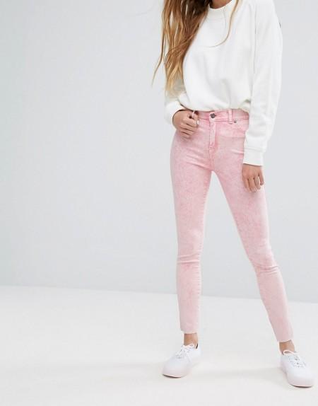 Dr Denim - Plenty - Mittelhohe Jeans mit abgeschnittenem Saum - Rosa