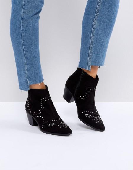 New Look - Nietenverzierte Stiefeletten mit Blockabsatz im Western-Stil - Schwarz