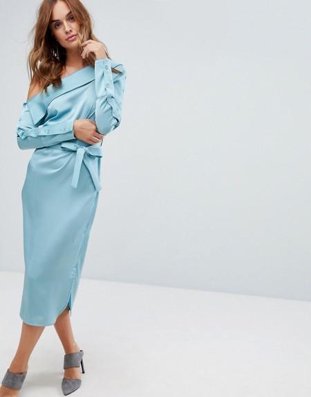 Lavish Alice - Asymmetrisches Satin-Kleid mit Bindegürtel - Blau