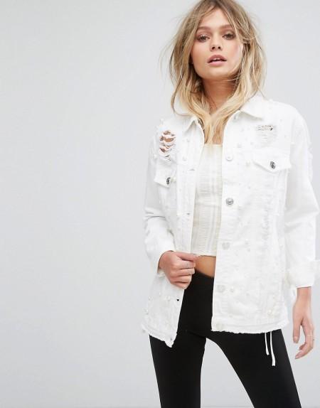 River Island - Jeansjacke mit Perlenverzierung - Weiß