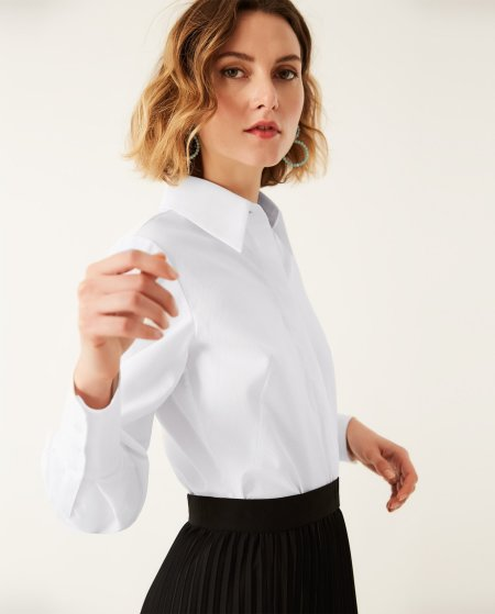 IVY & OAK: Taillierte Bluse