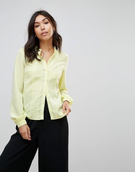 Vero Moda - Bluse mit feinem Punktemuster - Gelb