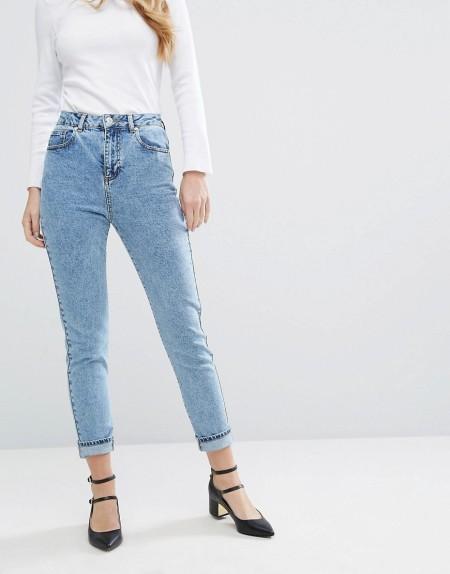 Miss Selfridge - Mom-Jeans in Acid-Waschung - Blau
