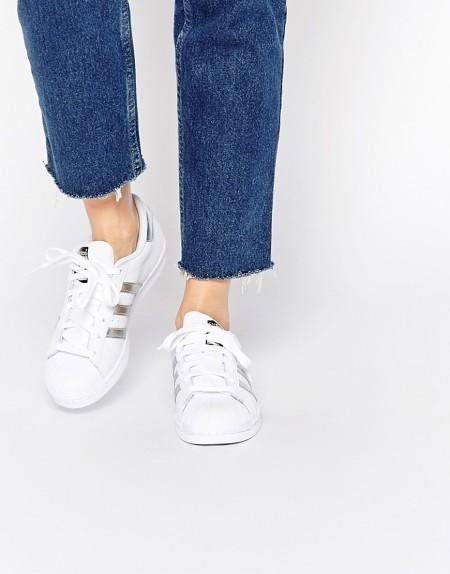 adidas Originals - Superstar - Sneaker in Weiß und Silber - Weiß