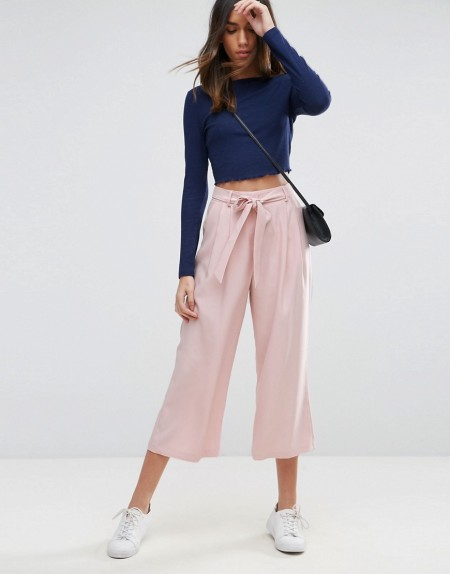 ASOS Tailored - Hosenrock aus Krepp mit Bindegürtel - Rosa