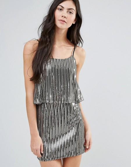 Endless Rose - Plissiertes Kleid mit Overlay in Metallic-Optik - Silber