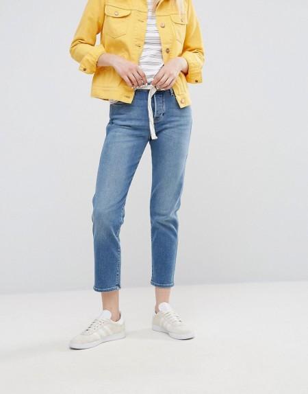 Wrangler - Gerade geschnittene Jeans mit kurzem Schnitt - Blau